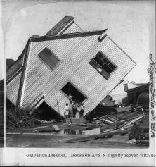 Scene of the aftermath. This home was moved by flood waters. From the Library of Congress.